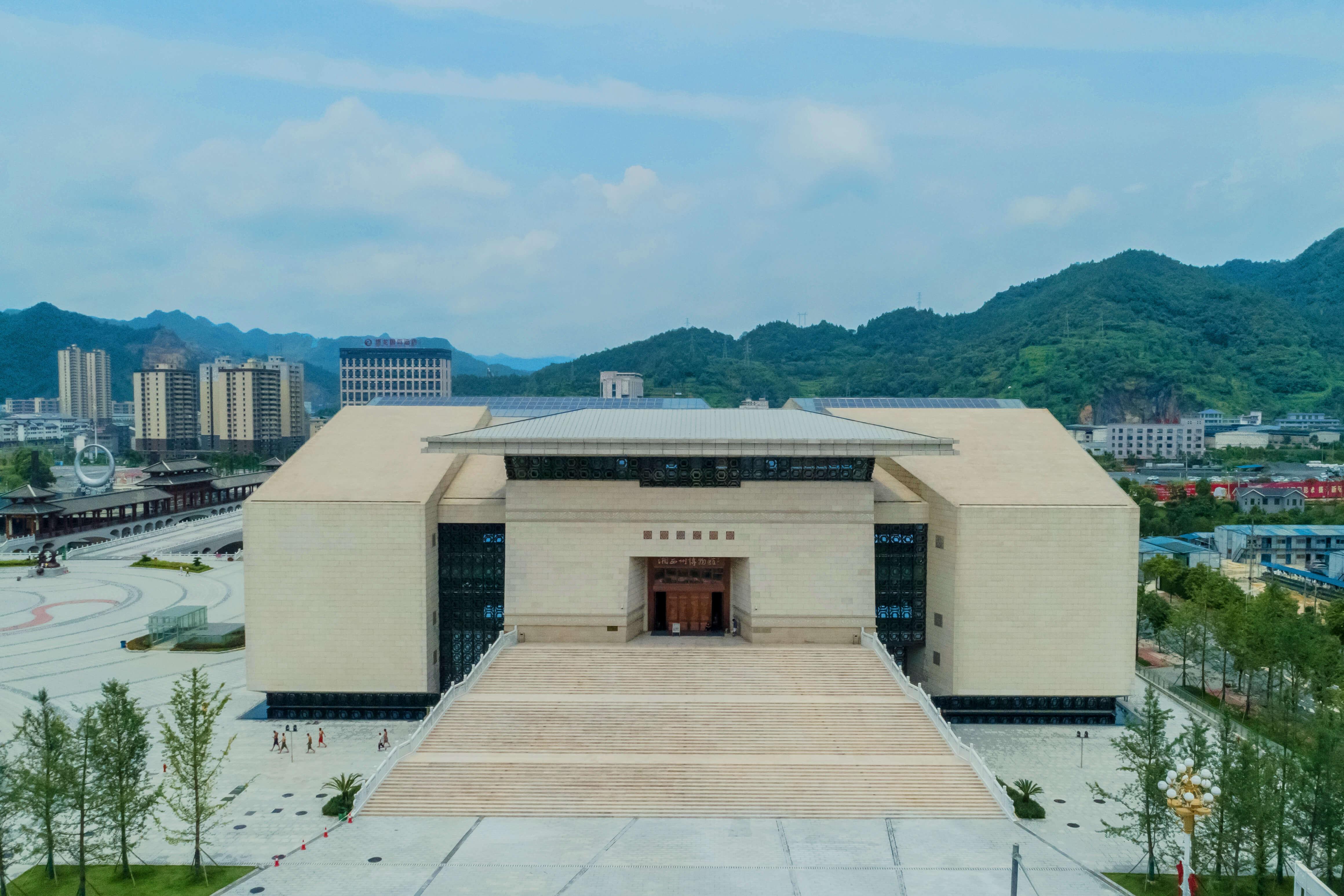 38湘西武陵山文化园项目(获2018-2019第一批鲁班奖)-2